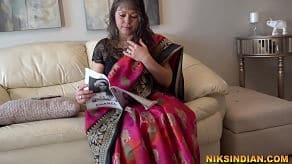 Femeie hindusă indiană de 50 de ani, Niks Indian futută de croitor
