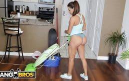 BANGBROS – Busty Latin Maid Julianna Vega Sucks And Fucks For Cash